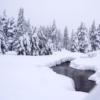 15. Bear Valley, California  Bilmeyenler ve şaşıranlar için söyleyelim: Evet Kaliforniya'ya da kış geliyor. Kaliforniya içerisinde bir kış tatili için çoğu kişi Lake Tahoe gibi popüler yerleri tercih ederken, bizim size önerimiz hem daha bütçe dostu lan hem de çok fazla turistin bulunmadığı Bear Valley'e gelmeniz.