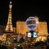 Eiffel Tower  Ücret: $14 (saat 19:30'dan sonra $19)  Paris'te olmaması bu muazzam insan ürünü yapının görülmemesi gerektiği anlamına gelmiyor. Las Vegas'ı yukardan 360 derece seyretmek için bu tura mutlaka katılmalısınız.