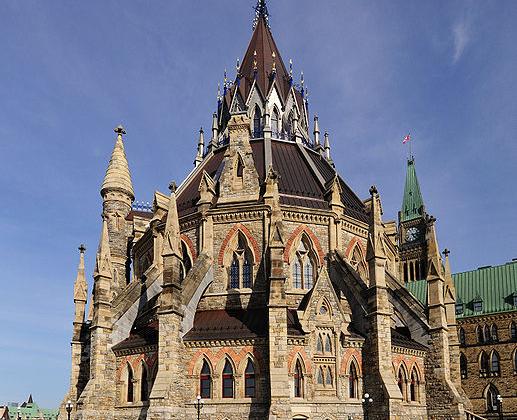 2. Kanada Parlamentosu Kütüphanesi (Library of Parliament, Canada)