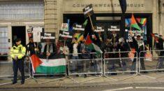 """Balfour Deklarasyonu"" New York'ta protesto edildi"