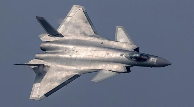 Çin, yenilenen hava kuvvetleriyle ABD'ye meydan okuyor