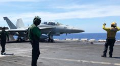 ABD uçak gemisi ihtilaflı sularda